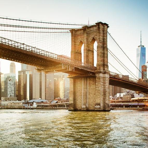 Brooklyn Bridge at Frederickhotel Newyork