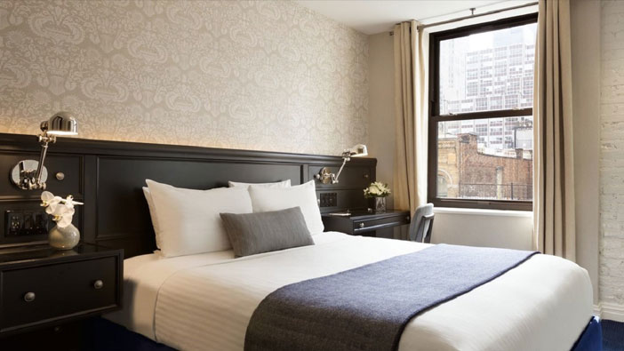 accessible-deluxe-queen-at-frederickhotel-newyork